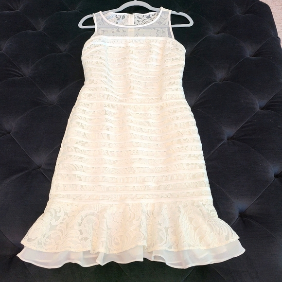Julia Jordan Lace Dress
